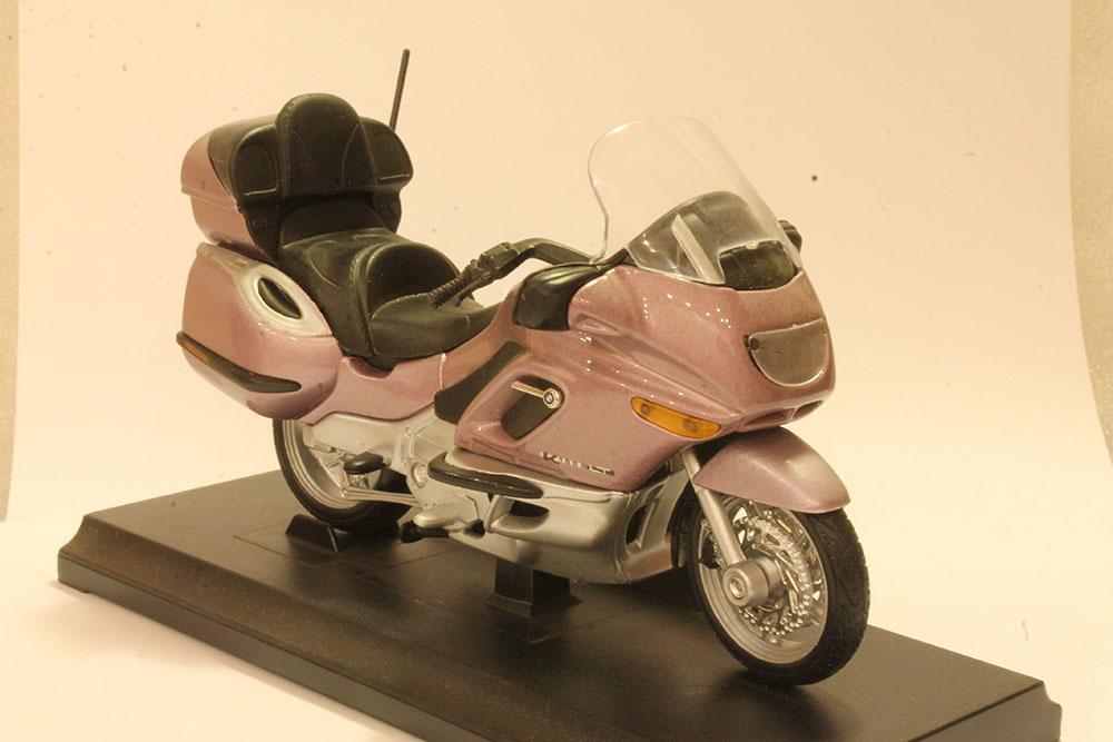 Коллекционная модель мотоцикла BMW K1200LT 1:18