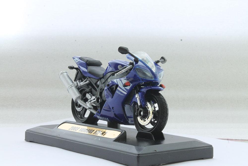 Коллекционная модель мотоцикла Yamaha YZF-R1 2008