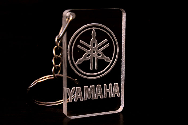 Брелок с логотипом Yamaha